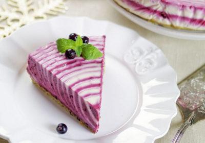 Черничный творожно-желейный торт